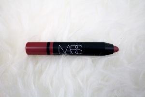 "<img src=""nars-satin-lip-pencil.jpg"" alt=""Natural Lipstick"" alt=""Lipstick for School"" alt=""Lipstick for Work alt=""Swipe and Go Lipstick"" alt=""Nars Satin Lip Pencil"" alt=""Lip Swatch"" />"